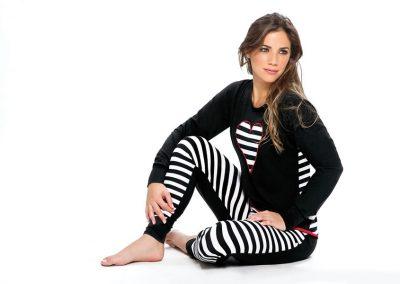 Art-2112-pijama-dama-modal-rayado-con-parche-corazon-colores-negro-blanco-azul-rojo-talles-S-M-L-XL-Especial-XXL.