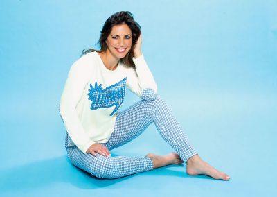 Art-2119-pijama-dama-jersey-estampa-Pied-de-Poule-colores-natural-azul-topo-blanco-talles-S-M-L-XL-1