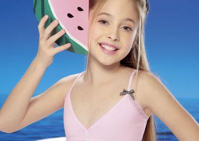 """Art 3105 Conj. top en """"V"""" girls cbikini alg y lycra y puntilla. Lata de regalo Talles 4 al 10 Colores blanco - negro - rosa - gris melange_1"""